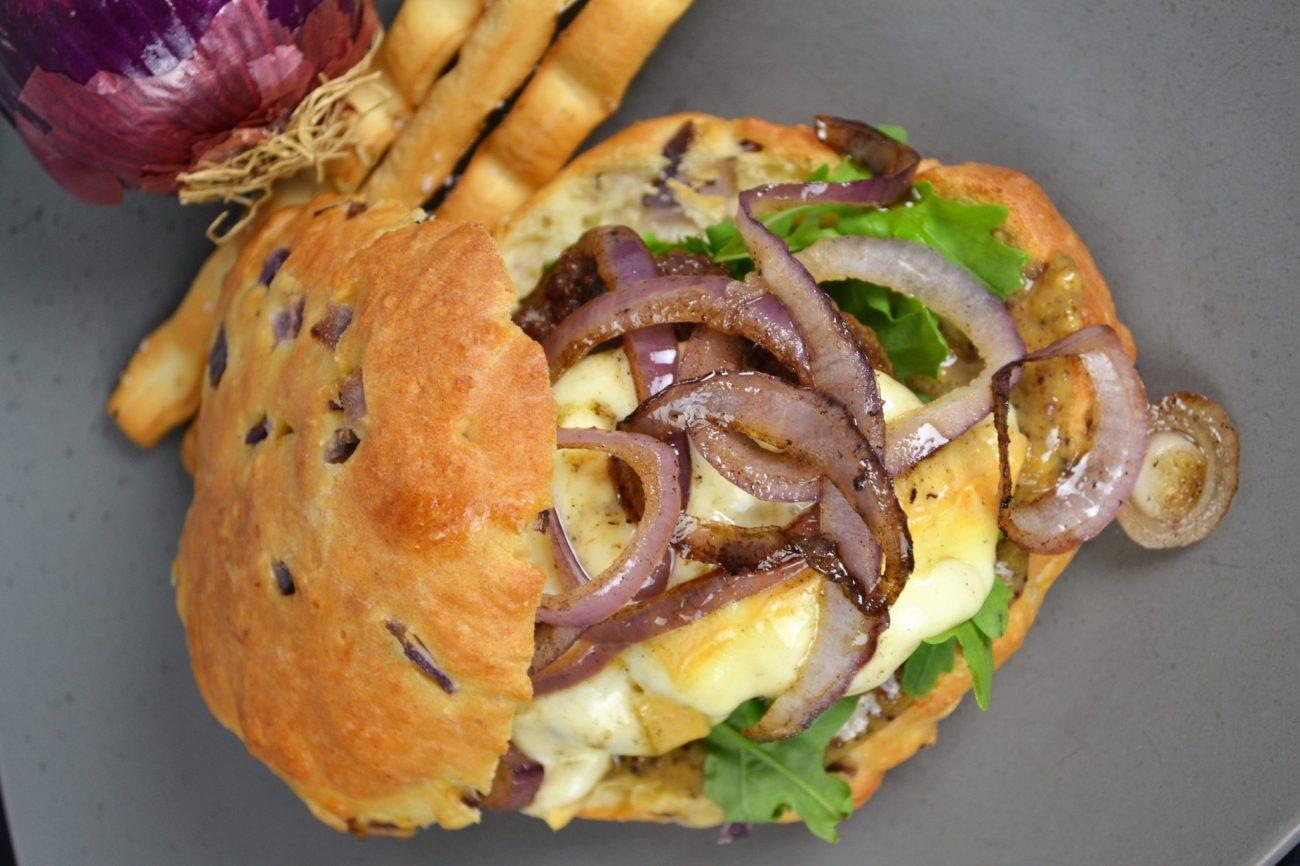 Burger mit Herver Käse