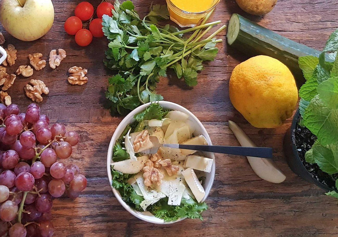 Salat aus Brokkolistämmen