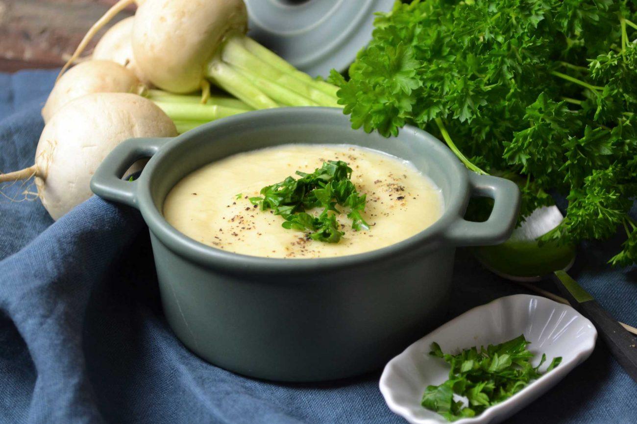 Mairübchen-Suppe