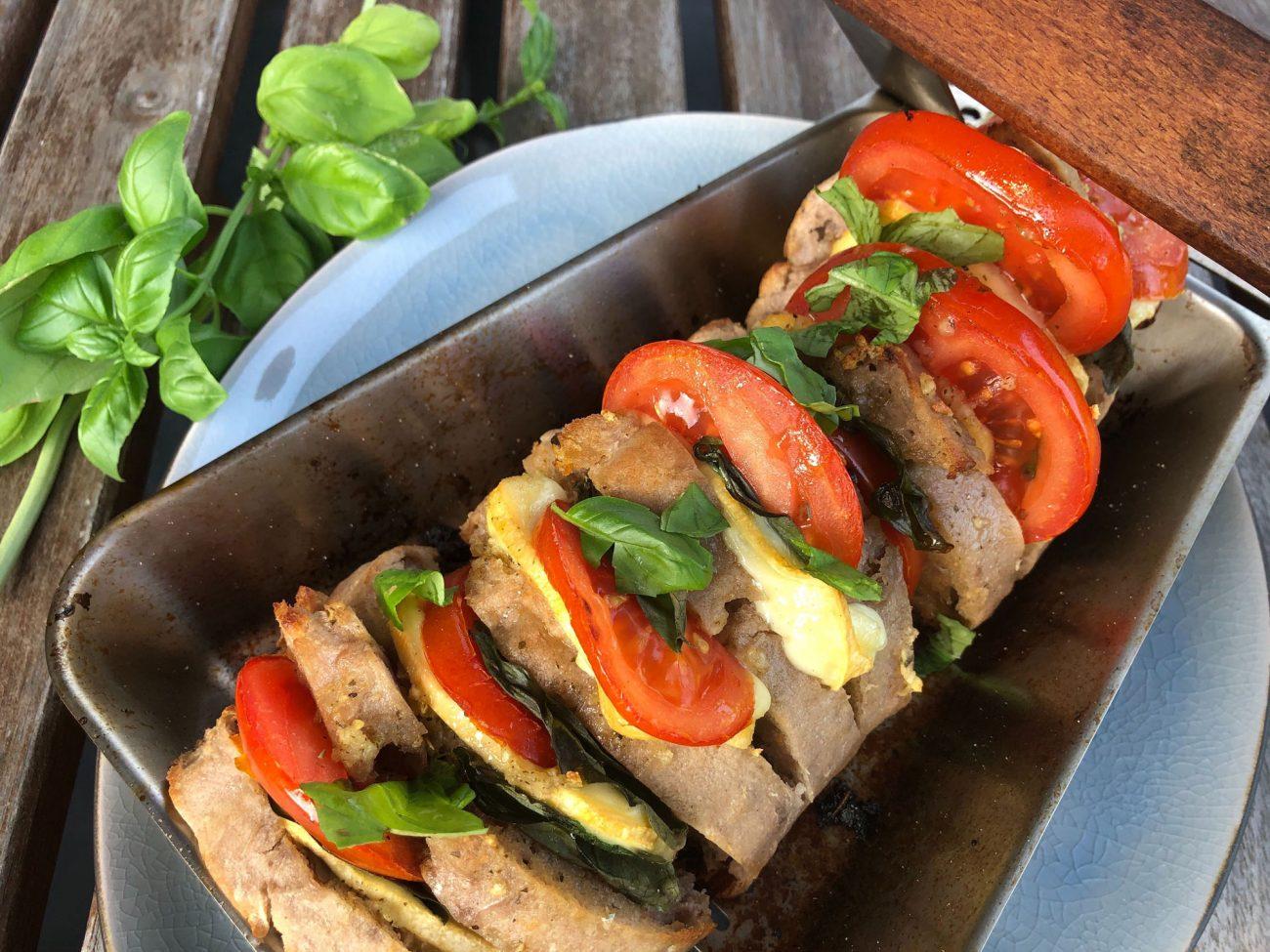 Fächerbaguette mit Tomaten und Käse