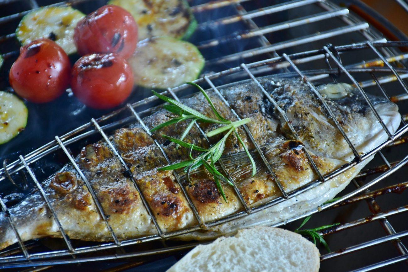 So gelingt Fisch auf dem Grill
