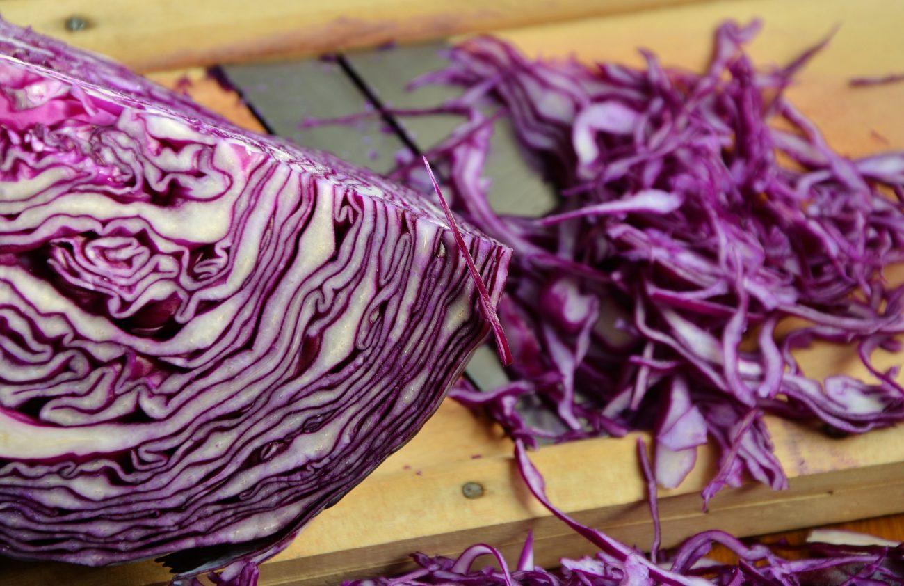 Rotkohl schmeckt auch als Salat oder in der Suppe